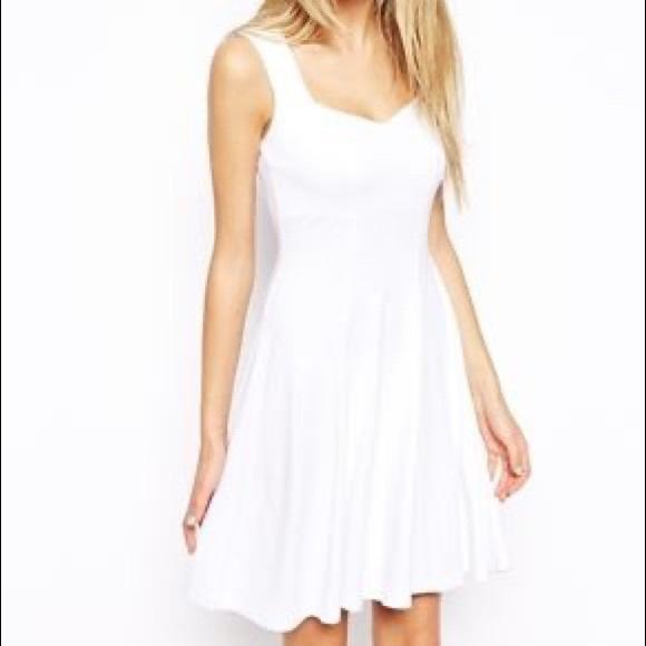 ASOS Dresses & Skirts - ASOS Sleeveless Skater Dress with Sweetheart Neck